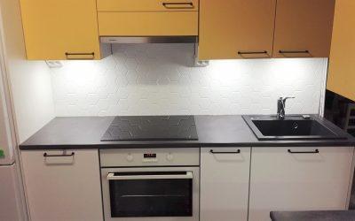 Muutoskohde 19 – Pirteä, moderni keittiö